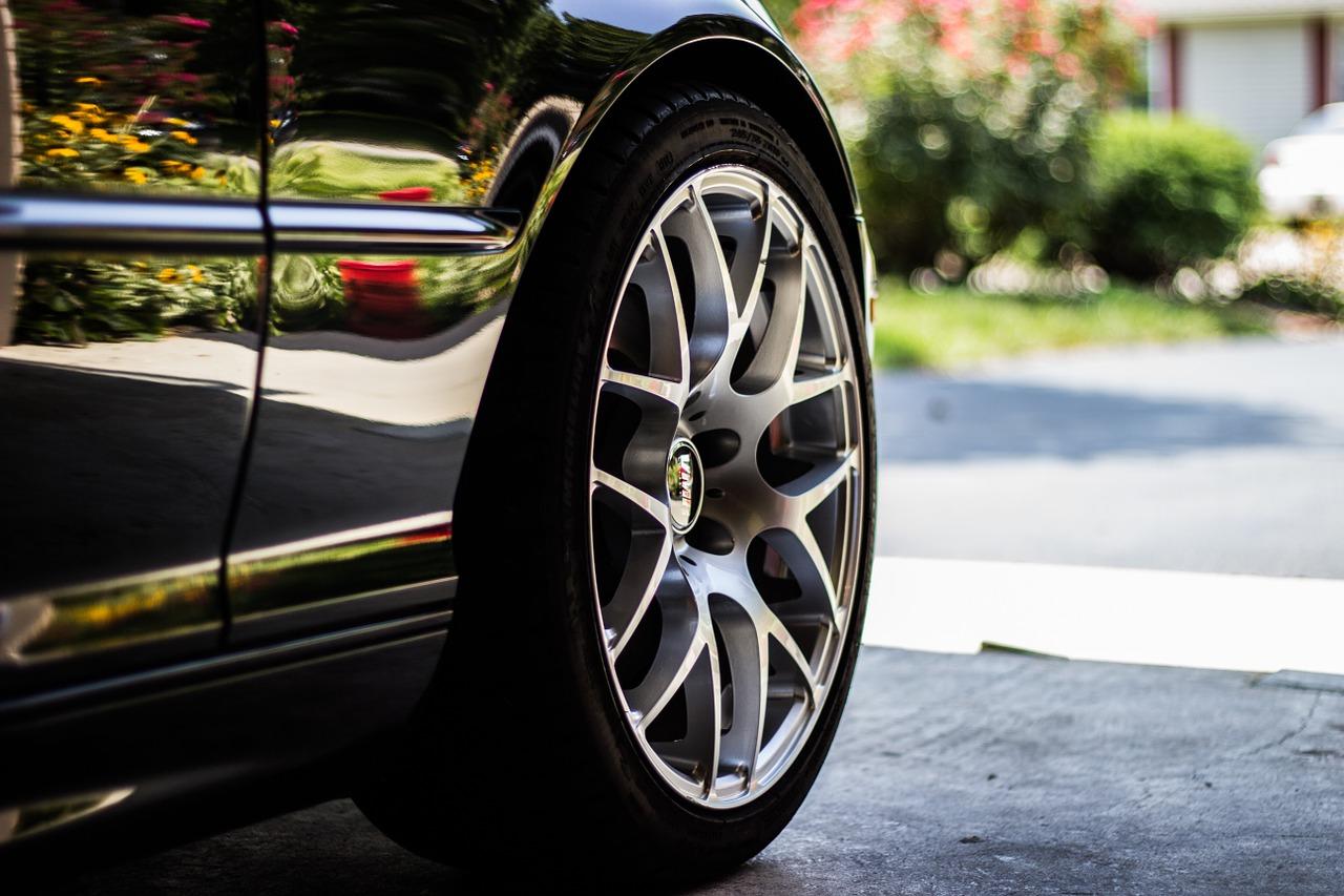 Czy warto wypożyczyć samochód?